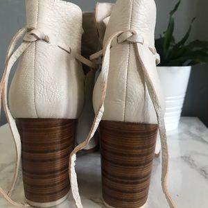Kelsi Dagger White heel boots